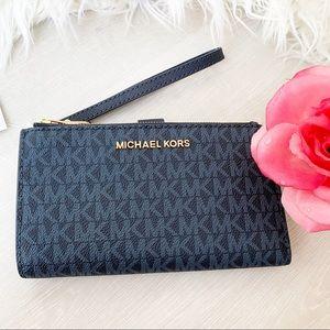 NEW Michael Kors Double Zip Phone Wallet Wristlet
